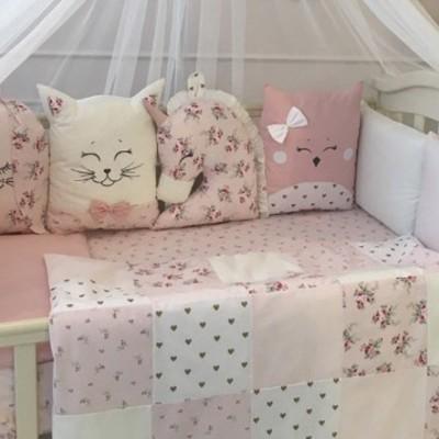 Комплект в детскую кроватку 6 предметов «Chudiki classic» пудра