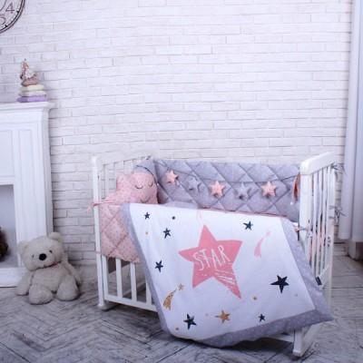 Комплект в детскую кроватку 5 предметов «Stich» пудра